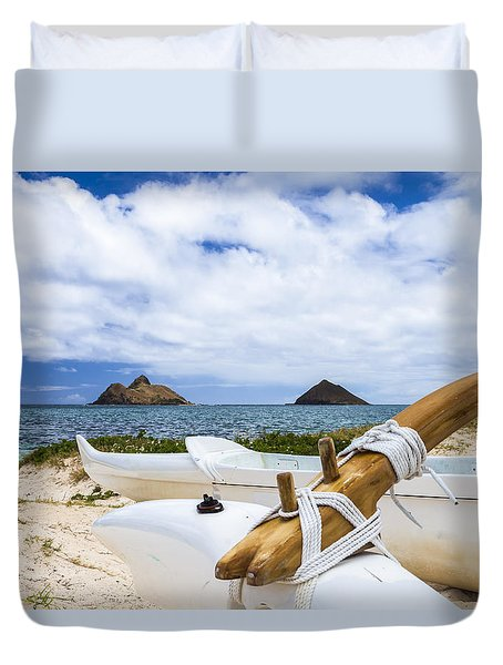 Duvet Cover featuring the photograph Lanikai Outrigger 1 by Leigh Anne Meeks