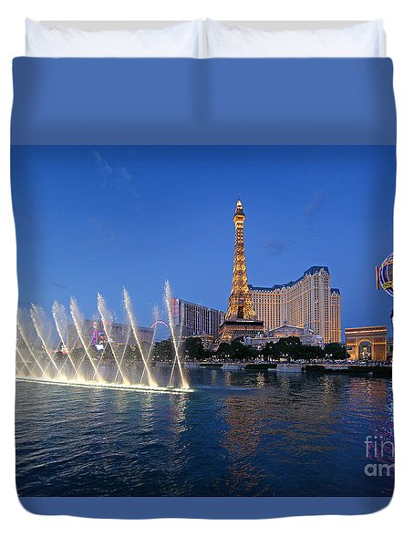 Duvet Cover featuring the photograph Las Vegas Skyline by Martin Konopacki