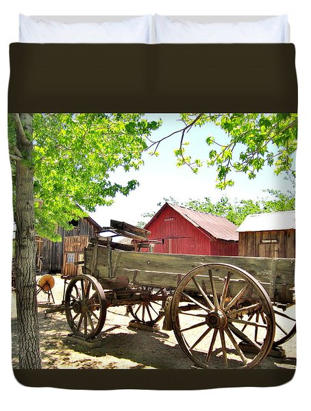 Duvet Cover featuring the photograph Last Ride by Marilyn Diaz