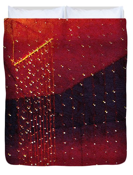 Le Cirque Du Diable Duvet Cover by RC deWinter
