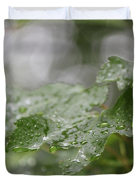 Leafy Raindrops Duvet Cover