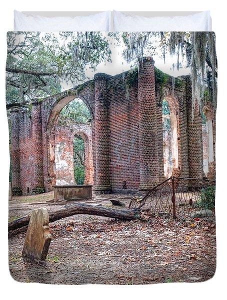 Leaning Tomb - Old Sheldon Church Ruins Duvet Cover