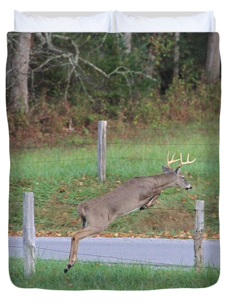 Leaping Buck In Smoky Mountains Duvet Cover by Dan Sproul