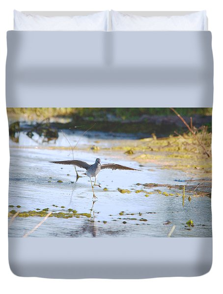 Least Sandpiper Water Landing Duvet Cover