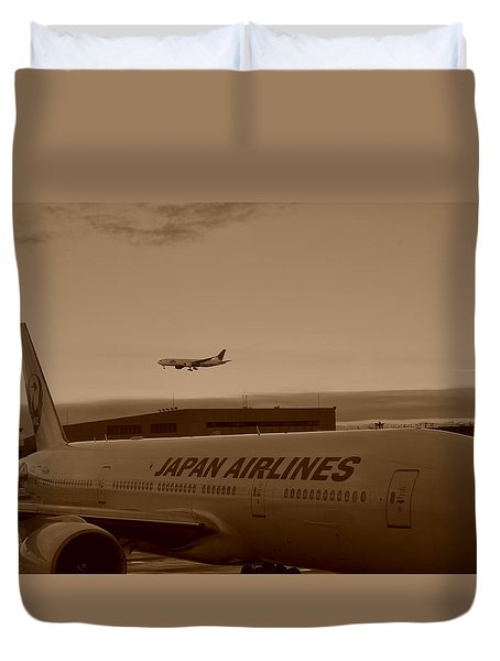 Leaving Japan Duvet Cover