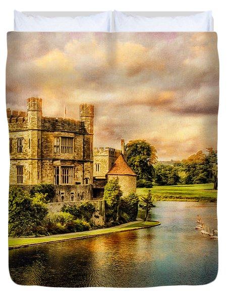 Leeds Castle Landscape Duvet Cover