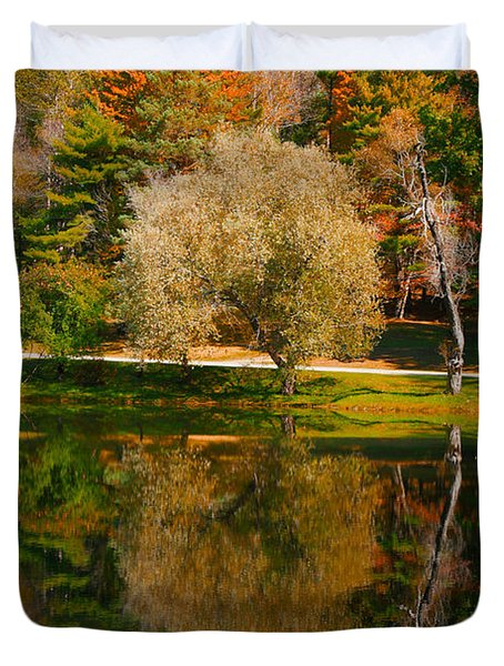 Letchworth Autumn Reflections Duvet Cover by Richard Engelbrecht