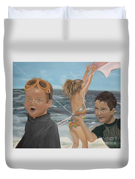 Beach - Children Playing - Kite Duvet Cover