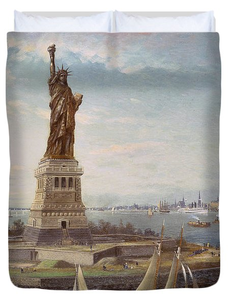 Liberty Island New York Harbor Duvet Cover by Fred Pansing