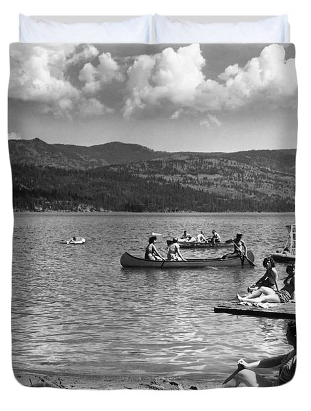Liberty Lake Summer Leisure In 1940 Duvet Cover