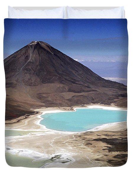 Licancabur Volcano And Laguna Verde Duvet Cover