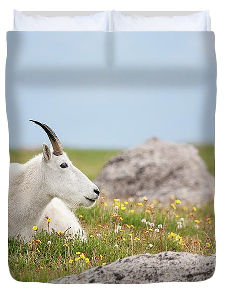 Lie Down In Green Pastures Duvet Cover