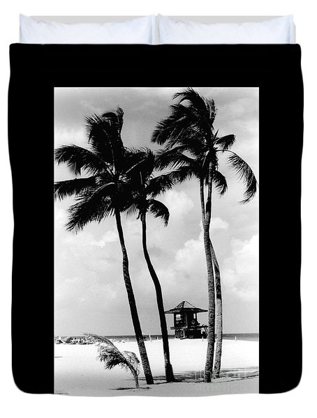 Lifeguard Hut Duvet Cover by Gary Gingrich Galleries