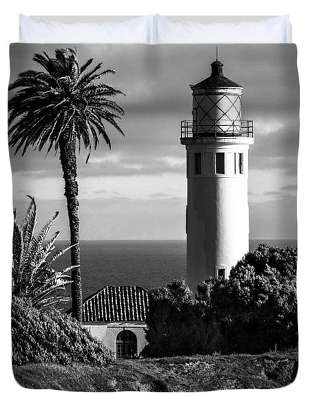 Duvet Cover featuring the photograph Lighthouse On The Bluff by Jerry Cowart