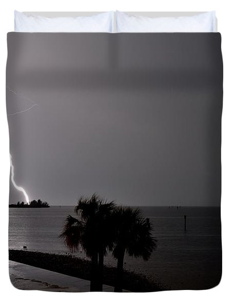 Duvet Cover featuring the photograph Lightning 1 by Richard Zentner