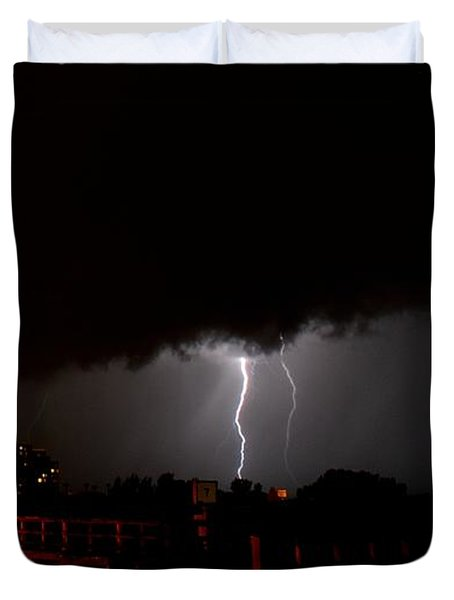 Duvet Cover featuring the photograph Lightning 10 by Richard Zentner