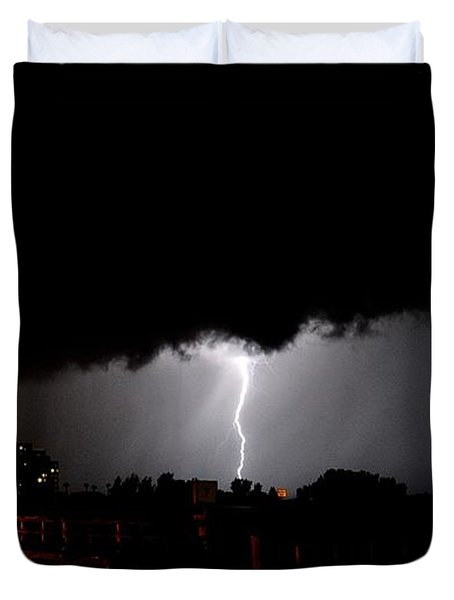 Duvet Cover featuring the photograph Lightning 11 by Richard Zentner