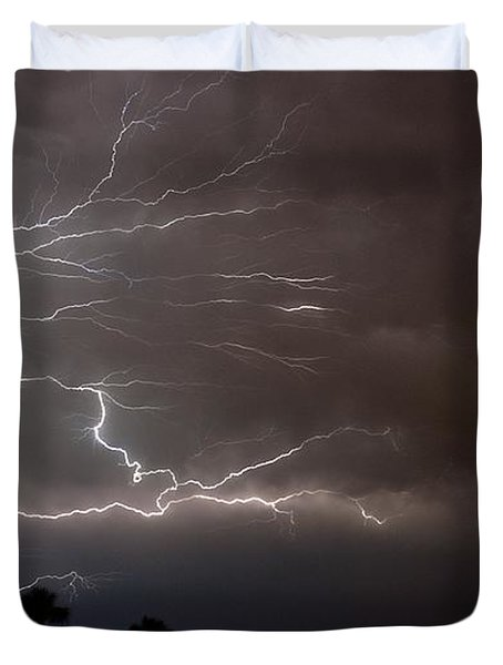 Duvet Cover featuring the photograph Lightning 5 by Richard Zentner