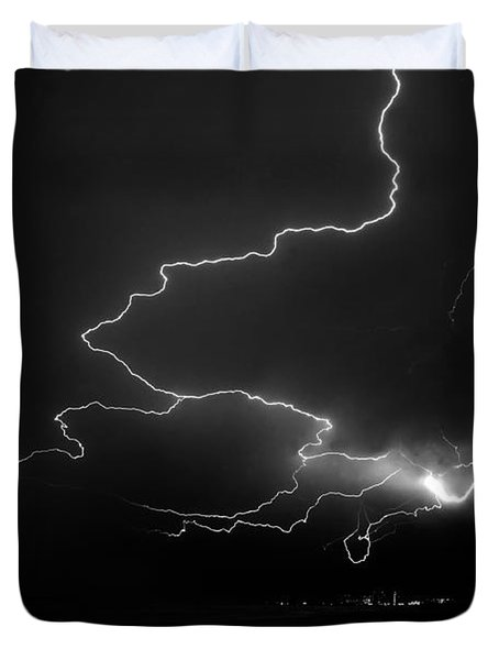 Lights Over The Gulf Duvet Cover by David Lee Thompson