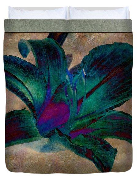 Lily 9 Duvet Cover