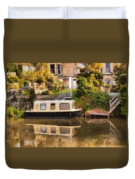 Duvet Cover featuring the photograph Lily Trotter by Paul Gulliver