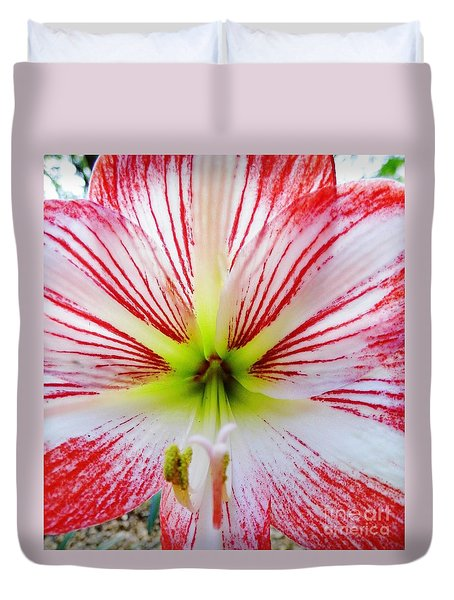 Lily Wow Duvet Cover