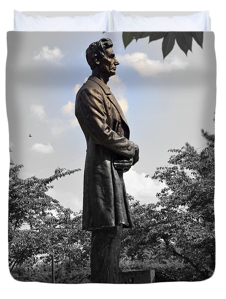 Lincoln At Lytle Park Duvet Cover