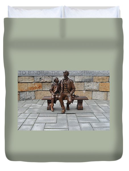Lincoln Mounment At Civil War Tredegar Iron Works Duvet Cover