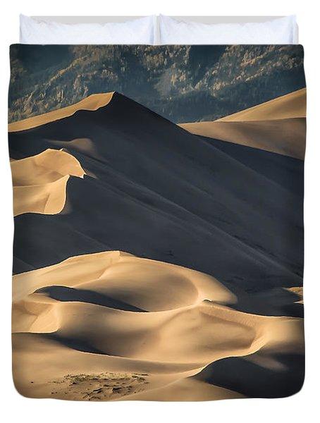 Lines And Sahdows Duvet Cover
