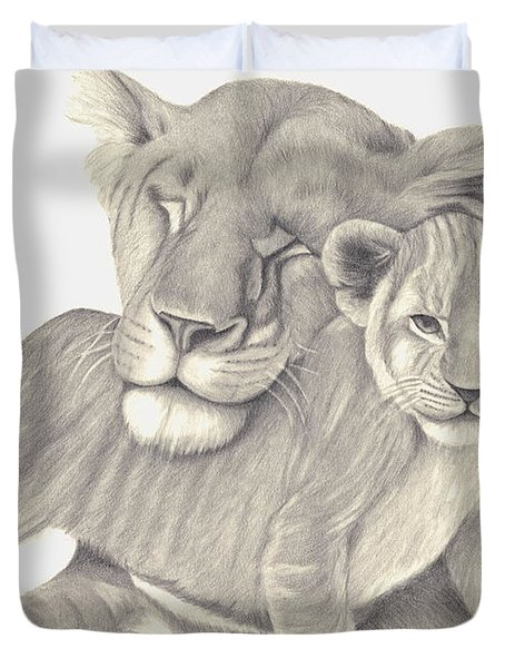 Lioness And Cub Duvet Cover by Patricia Hiltz