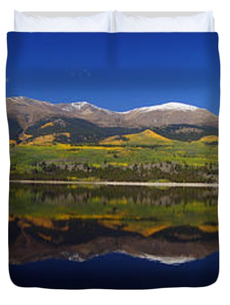 Liquid Mirror Panorama Duvet Cover by Jeremy Rhoades