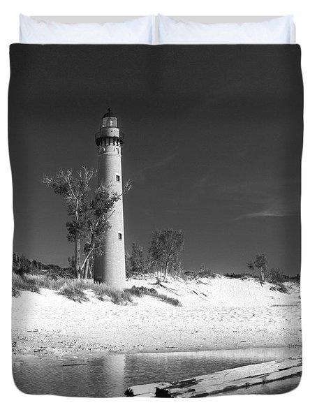 Litle Sable Light Station - Film Scan Duvet Cover by Larry Carr