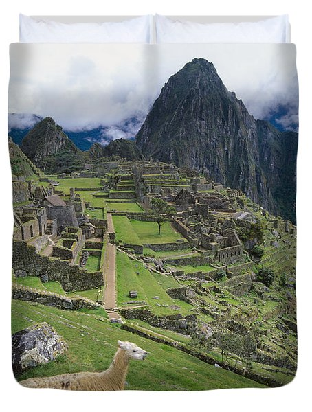 Llama At Machu Picchus Ancient Ruins Duvet Cover