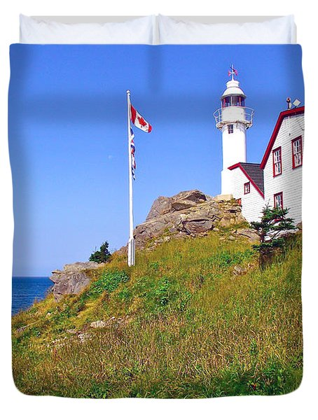 Lobster Cove Lighthouse With Blue Sky In Gros Morne Np-nl Duvet Cover