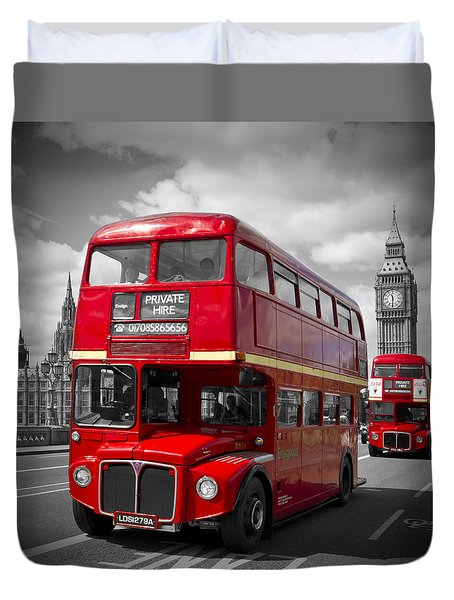 London Red Buses On Westminster Bridge Duvet Cover by Melanie Viola