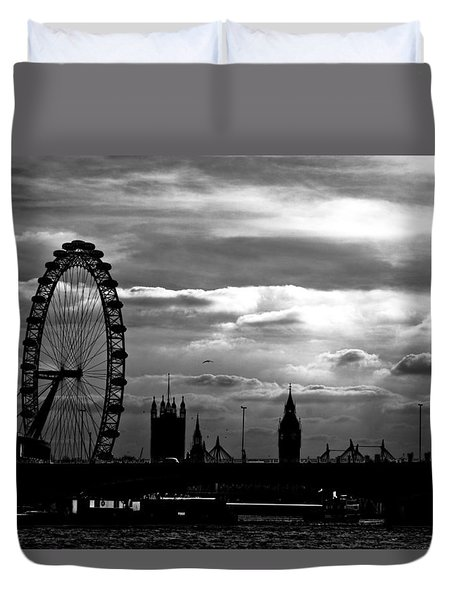 London Silhouette Duvet Cover by Jorge Maia