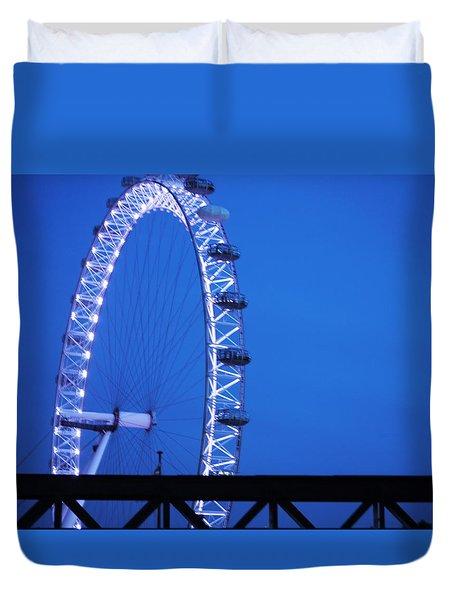 London's Eye At Dusk Duvet Cover
