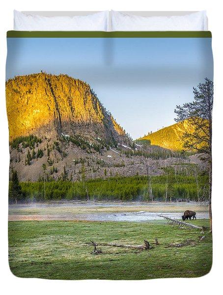 Lone Buffalo Yellowstone National Park Duvet Cover