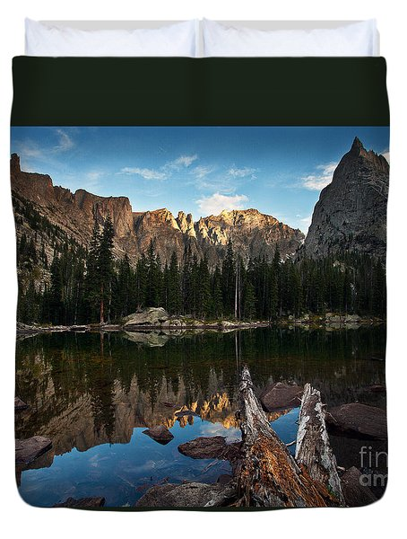Duvet Cover featuring the photograph Lone Eagle Reflection by Steven Reed
