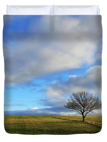 Lone Tree At Epsom Downs Uk Duvet Cover
