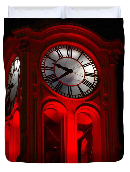 Long Beach Pine Ave. Clock Tower In Red Duvet Cover