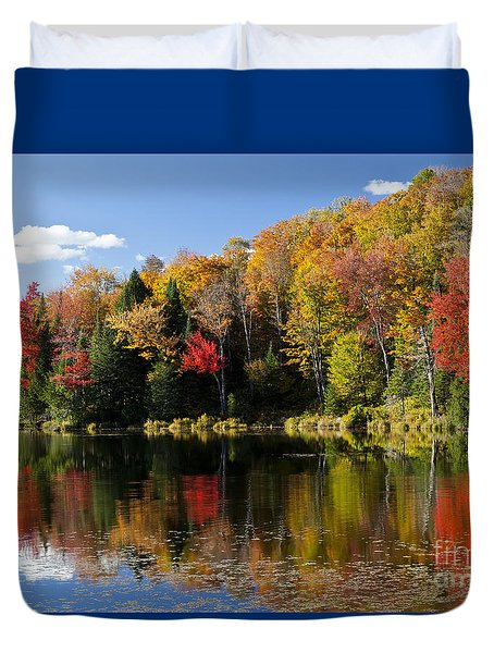 Long Pond Autumn Duvet Cover
