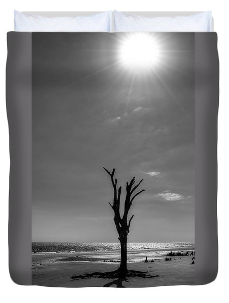 Long Shadow On Jekyll Island In Black And White Duvet Cover