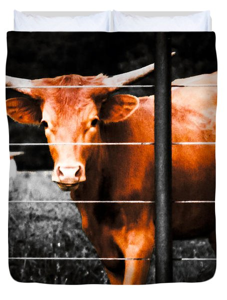Duvet Cover featuring the photograph Longhorn Curiosity by Bartz Johnson