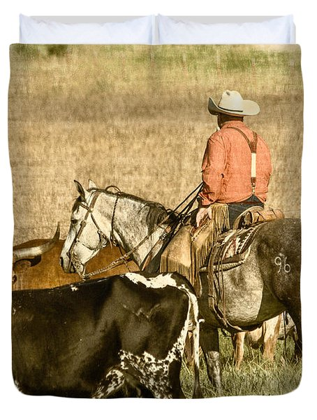 Duvet Cover featuring the photograph Longhorn Round Up by Steven Bateson