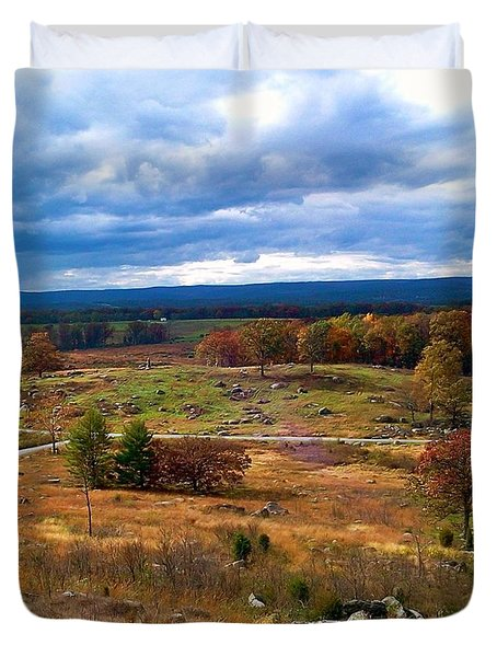 Looking Over The Gettysburg Battlefield Duvet Cover