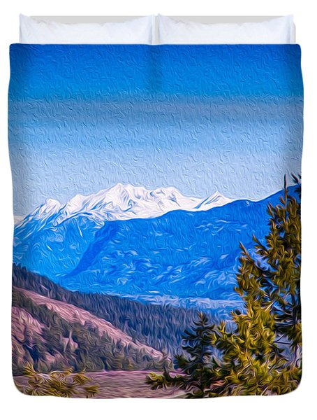 Looking To Mazama From Sun Mountain Duvet Cover by Omaste Witkowski