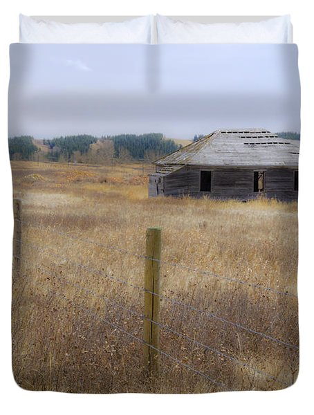 Lost In The Past Duvet Cover