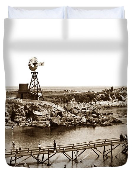 Lovers Point Beach And Old Wooden Pier Pacific Grove August 18 1900 Duvet Cover