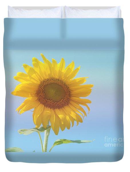 Loving The Sun Duvet Cover by Ann Horn